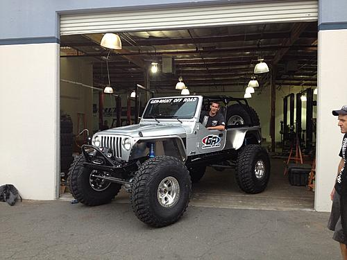 GenRight Off-Road STRETCHED a Silver LJ on 42s!!-892439_10200093113241734_1783960624_o.jpg
