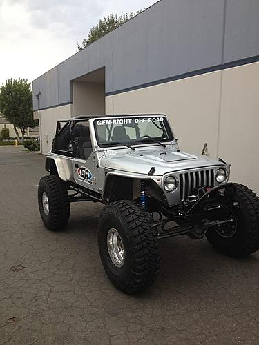 GenRight Off-Road STRETCHED a Silver LJ on 42s!!-994530_10200093105241534_1632159678_n.jpg