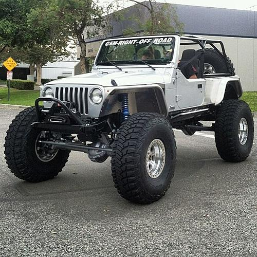 GenRight Off-Road STRETCHED a Silver LJ on 42s!!-995103_597088313656161_632413806_n.jpg
