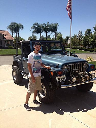 Jordan Pellegrino bought his first Jeep today....build to come!-1002886_10151670742304635_1193909070_n_zpsc8e76b5c.jpg