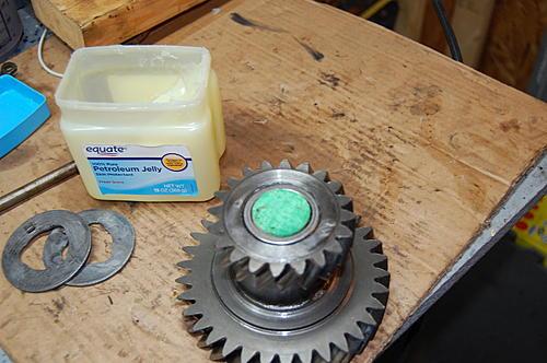 86 Laredo resto/mod-im-gear-w-wood-dowel.jpg