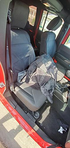 Swapping a 94 YJ for a 2018 JKU. Time for the mods!!-front-seat-covers.jpg