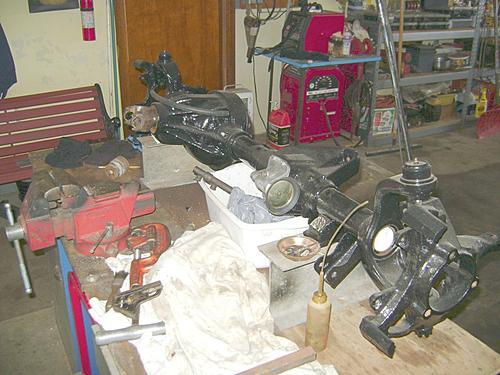 95 YJ restore-fr-axle-painted.jpg