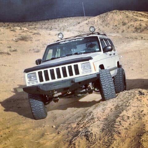 Las Vegas roll call!!-trails.jpg