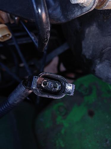 Discontinued Part - Need Brake Warning Sensor Connector for 2004 Jeep Wrangler TJ 4.0-brake-fluid-level-sensor-connector-2.jpg