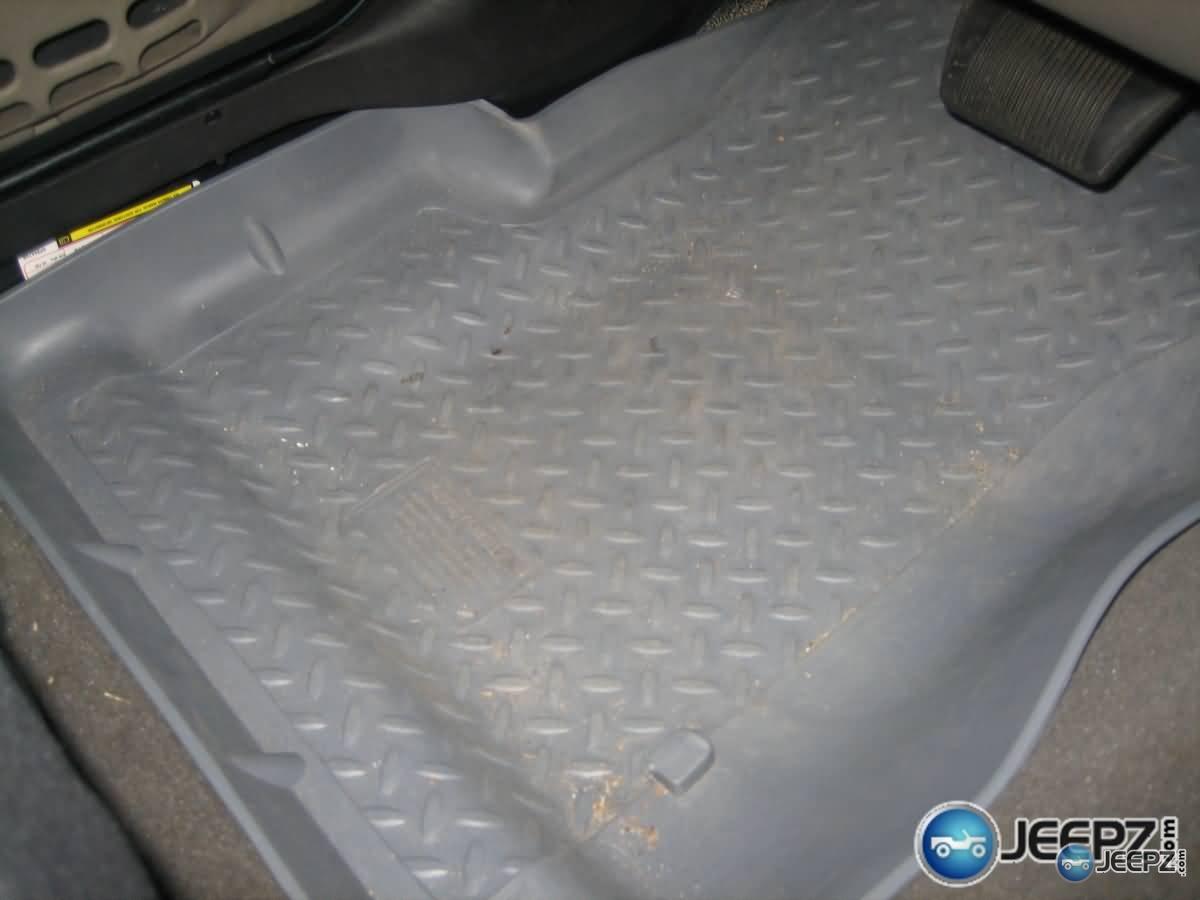 Huskey Liner Floor Mats For Jeep Wrangler  Wrangler_husky_liner_front_driver