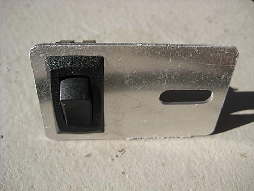 Wrangler Dome Light Switch-switch_wrangler_dome_light.jpg