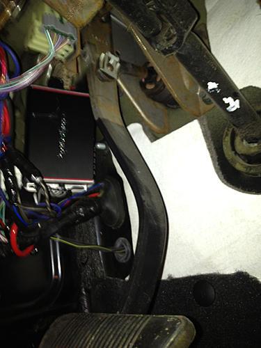 Skinny Pedal Jeep TJ Amp Bracket-image-667980255.jpg
