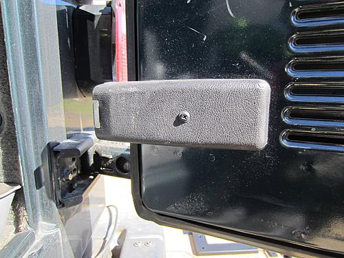 Exogate Tire Carrier-05-jeep-electricial-access-panel.jpg