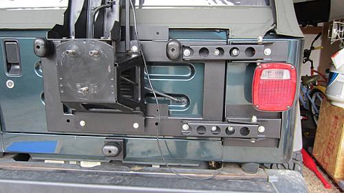 Exogate Tire Carrier-09-mounting-tire-carrier.jpg