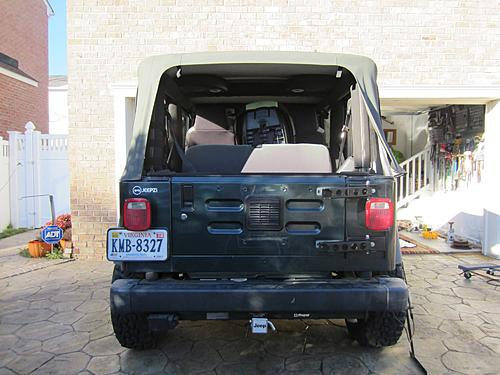 Exogate Tire Carrier-24-mounted-hinges.jpg