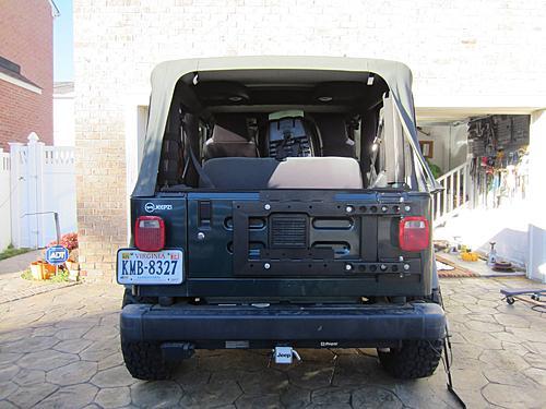 Exogate Tire Carrier-25-mounted-frame.jpg