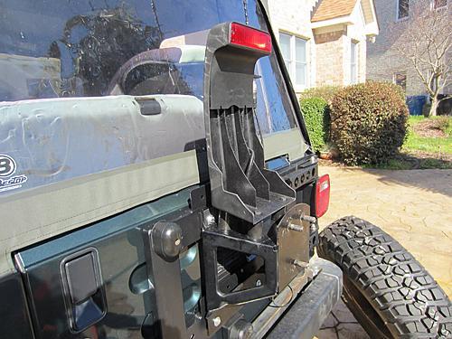 Exogate Tire Carrier-28-mounting-brake-light.jpg