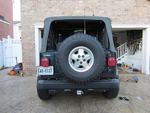 Exogate Tire Carrier-33-exogate-tire-installed.jpg