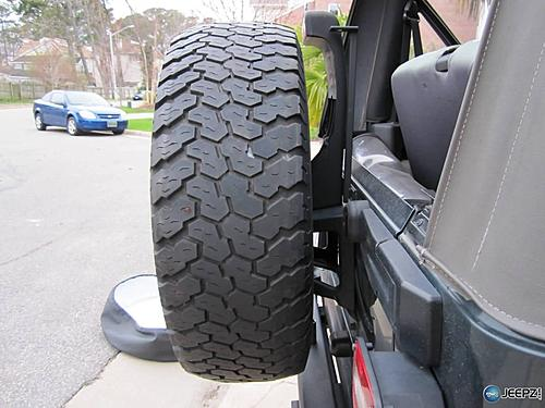 Teraflex Jeep spare tire spacer-finished-mount_jeep_spare_tire_spacer.jpg