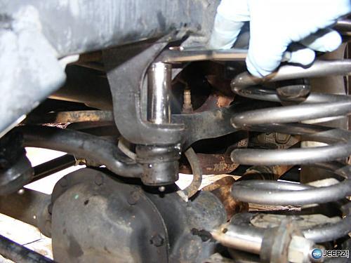 Jeep Track Bar Install-unbolt_jeep_trackbar_install.jpg