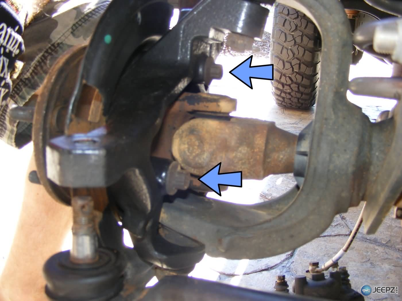 ball joint. jeep wrangler ball joint replacement-5-bolts-removed.jpg