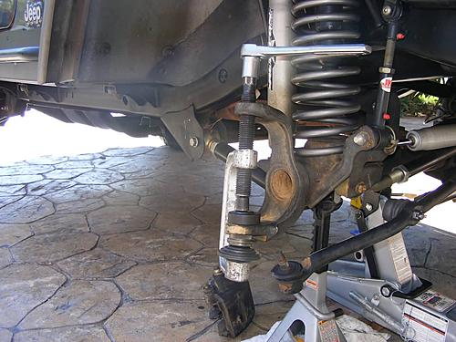 Jeep Wrangler Ball Joint Replacement-15-install-lower-ball-joint.jpg