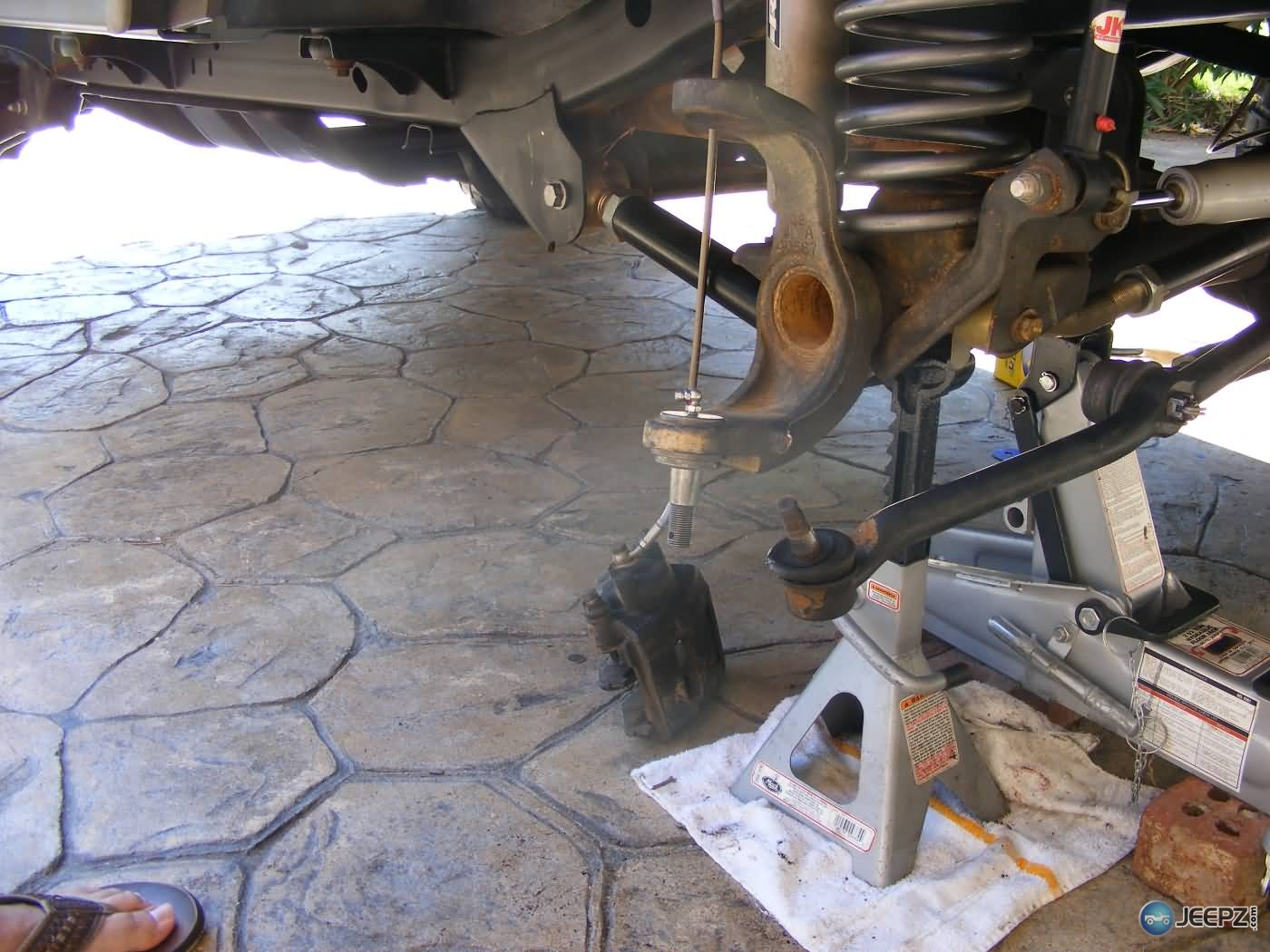 Jeep Wrangler Ball Joint Replacement Lower Ball Joint Grease Fitting