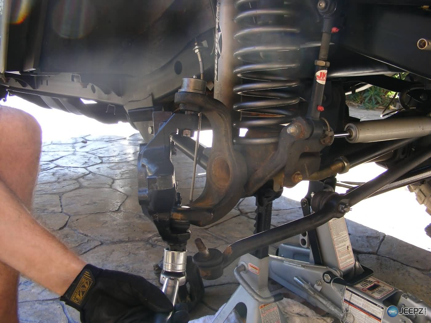 1251221 Need To Replace Steering  ponents Which Exactly also Dana 27 Rear Axle together with Tj Drive Shafts as well T25607247 Torque spec front wheel bearing 1964 in addition Bmw X5 Front Suspension Diagram. on 2000 jeep cherokee drive shaft