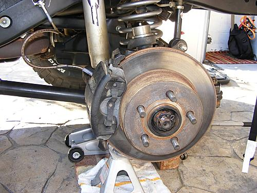 Jeep Wrangler Ball Joint Replacement-24-brakes-reinstalled.jpg
