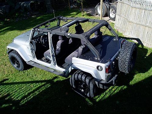 Jeep Trunks-pa090005-640x480-.jpg