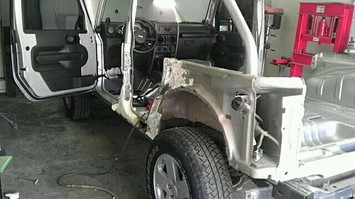 Jeep JK8 Project-photo1.jpg