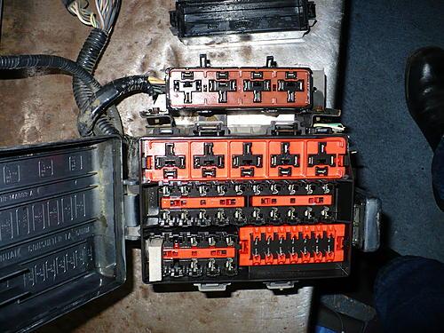 Do i need a relay?-p1020800.jpg
