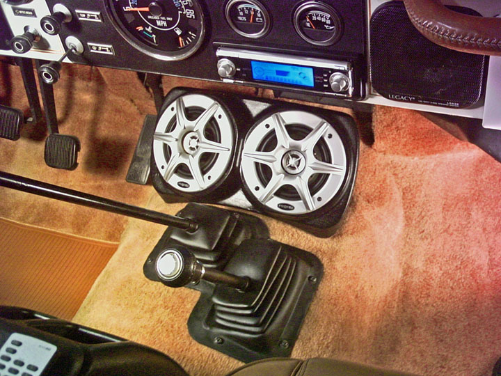 cj7 stereo  sound system