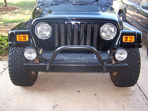 Looking for a good looking bolt on bumper-jeepfrontclose.jpg