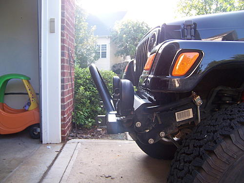 Looking for a good looking bolt on bumper-jeepfrontside.jpg