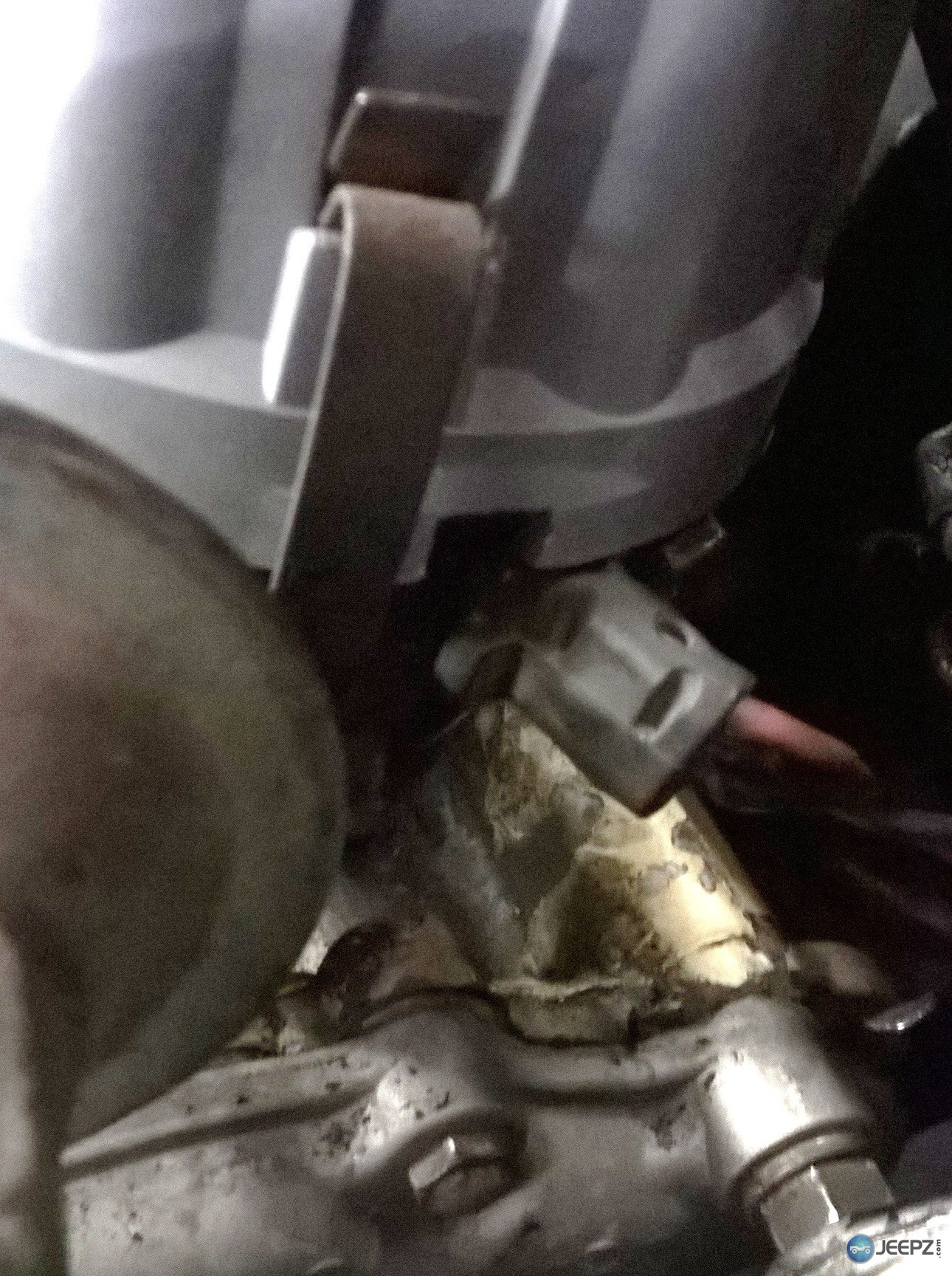 The ignition is Ford EEC-1 from the looks of it. I swapped out the Standard  for an Echlin at NAPA and it is the same, what's going on with this?