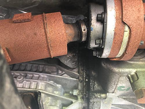 Time for a new axle??-axle-pic-1.jpg
