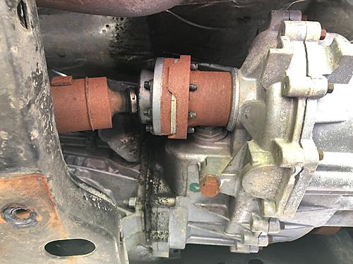 Time for a new axle??-axle-pic-2.jpg