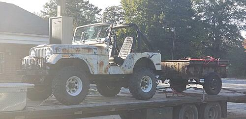 Will a front disk brakes from a 77 CJ5 bolt onto a 74 CJ5 axle?-jeep-trailer.jpg
