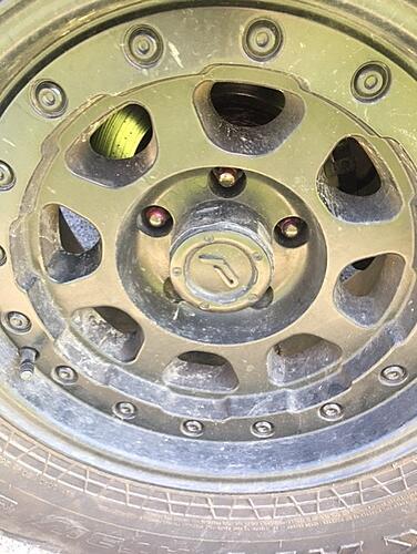 Keep Wrangler Rims Help-jeep-rim.jpg