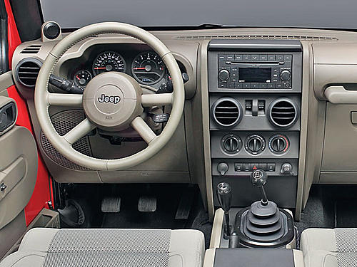 Wrangler gets a new interior for 2011-jeep-wrangler-2010-interior.jpg