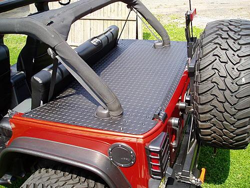 Jeep Trunks-p5260093.jpg