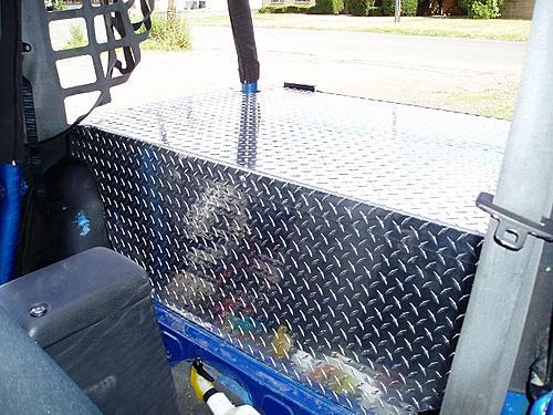 Jeep Trunks-p7310005-640x480-.jpg