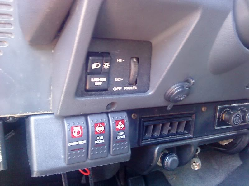 Rocker Switch Panel. on jeep tj starter wiring, jeep tj rocker switches, jeep tj door switch wiring, jeep tj light switch wiring, jeep tj battery wiring,