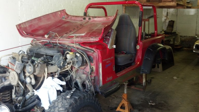 Parting Out 1997 Jeep Wrangler Tj