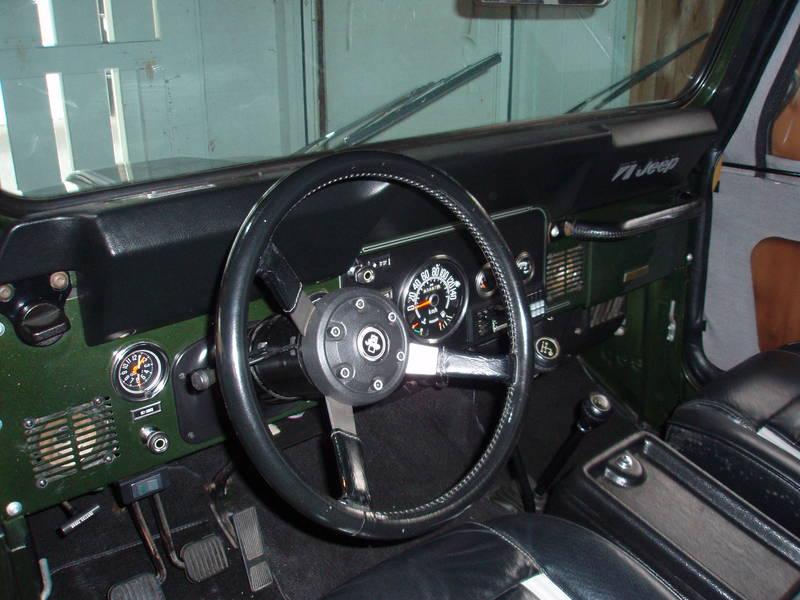 '83 CJ7 Laredo