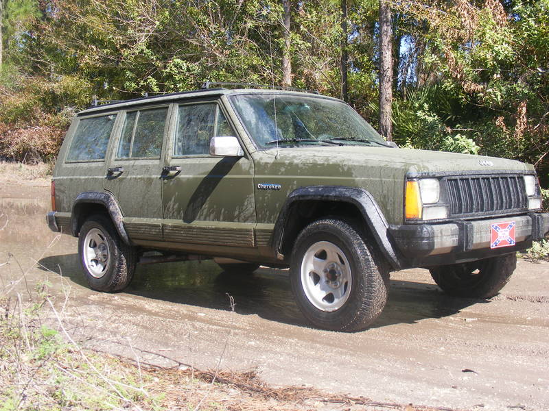 88' Cherokee, muddin in Sebring, Florida - 2